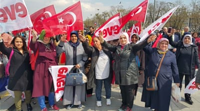 Turkish voters gear up for key referendum