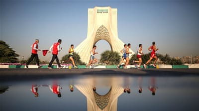 Runners flock to Tehran's first marathon