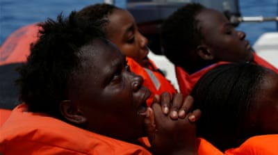 Italy rescues 484 people from the Mediterranean