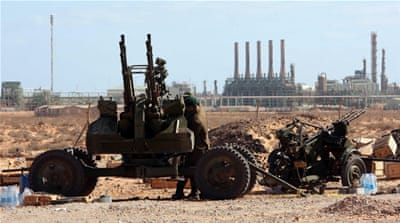 Libya: Haftar forces launch push against militia in oil crescent