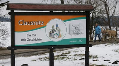 Clausnitz: When a mob awaited refugees in a German town
