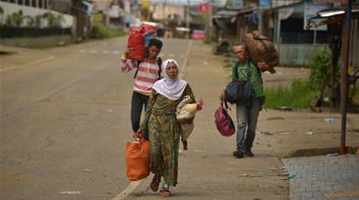Residents mourn battle-ridden Philippine city of Marawi