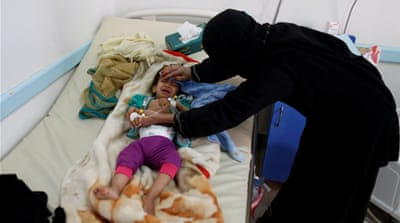 Yemen: 'World's worst cholera outbreak' mapped