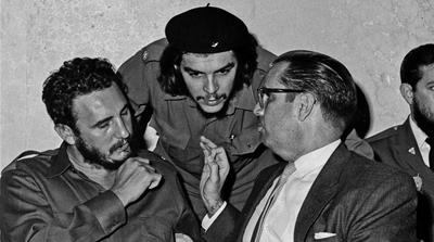 Che Guevara and Fidel Castro: Revolutionary Friends