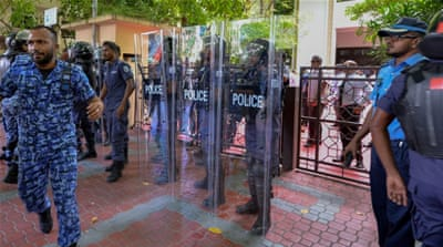 Maldives parliament shut down to stop speaker's removal