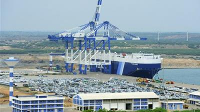 What is behind China\'s purchase of a port in Sri Lanka?