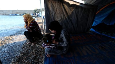 Refugee aid dries up in Greece as media interest wanes