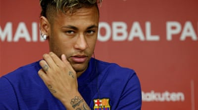 Spanish La Liga delays Neymar record transfer
