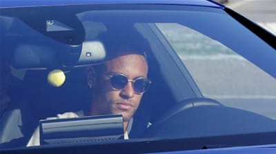 Neymar signs PSG deal to complete world record transfer