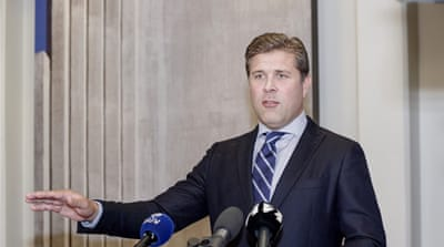 Iceland PM calls for snap vote after government falls