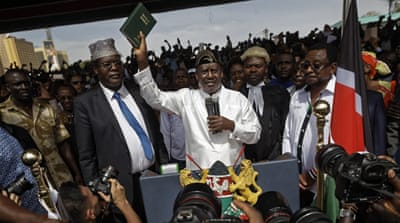 Kenya extends TV station ban over Odinga 'inauguration'