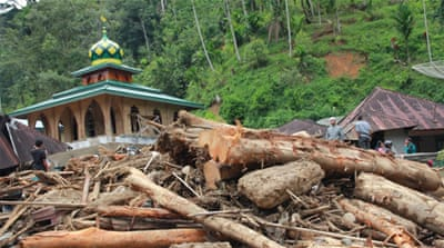 Indonesia: Landslide kills school children in North Sumatra