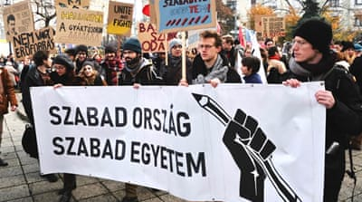 CEU student arrested during 'slave law' protest in Hungary