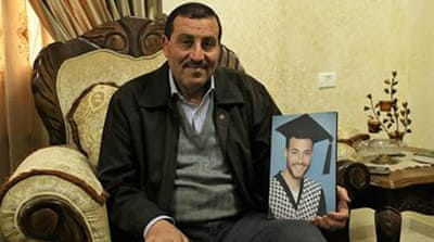 Palestinian launches hunger strike in Palestinian Authority jail
