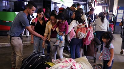 Latin American states urged to ease entry for fleeing Venezuelans