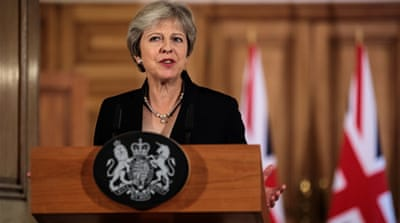 British PM May tells Cabinet to holds its nerve over Brexit