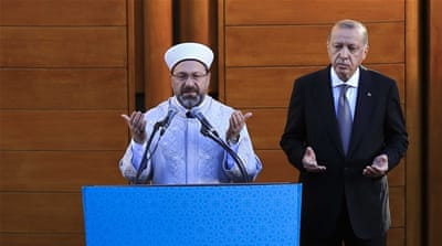 Erdogan opens huge mosque in Germany amid rival rallies