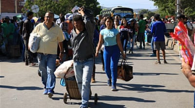 On Colombian border, fleeing Venezuelans have little hope