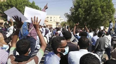 Sudanese protesters 'defiant' in face of Bashir's emergency laws