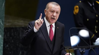 Erdogan: ISIL fighter trapped near Greece 'not our problem'