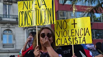 Chile: Protesters reject government plan to rewrite constitution