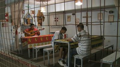 Music: Argentina's prison choir and Italy's migrant orchestra