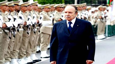 How will Algeria's army handle protests against Bouteflika?