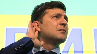 Ukraine media demands access to runoff frontrunner Zelenskyy