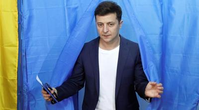 Polls close in Ukraine's presidential runoff, comic poised to win