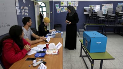 Israel elections: Netanyahu criticised over poll station cameras