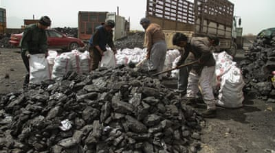 Why is Afghanistan unable to extract its vast mineral wealth?