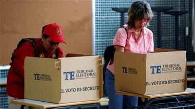 Panama votes to elect president amid corruption scandals