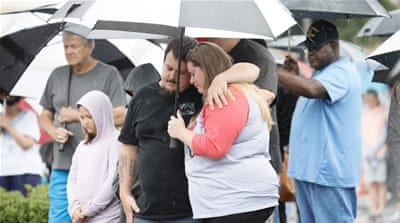 Virginia Beach shooting: Residents hold prayer vigil for 12 dead