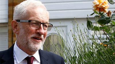 UK: Labour's Jeremy Corbyn backs second Brexit referendum