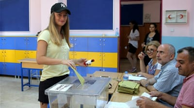 Turkey: Istanbul votes in 'historic' rerun of mayoral vote
