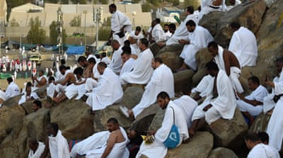 Two million Muslims gather at Mount Arafat for Hajj prayers