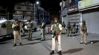 India imposes Kashmir lockdown, puts leaders 'under house arrest'