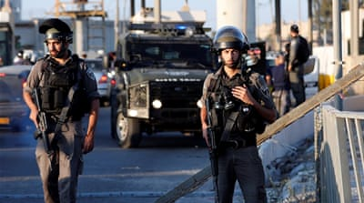 Palestinian woman shot dead by Israeli soldiers at checkpoint