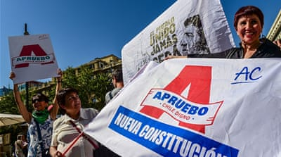 Chileans kick off campaign for new constitution