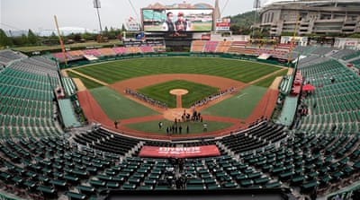 Coronavirus: S Korea baseball league reopens in empty stadiums