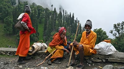 India to allow Hindu pilgrims to Kashmir despite coronavirus risk