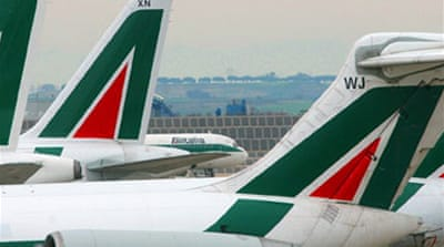 Italy takes bids for Alitalia