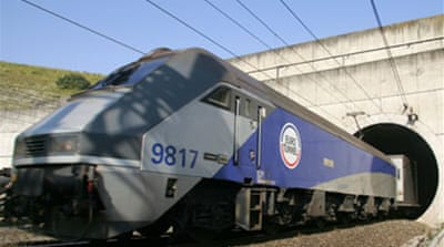 Eurotunnel receives bank offers