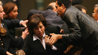 Rivals scuffle in Mexican congress