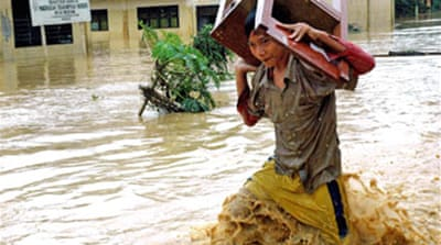Dozens dead in Indonesian floods