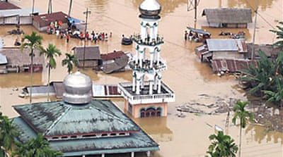 Indonesia flood toll rises