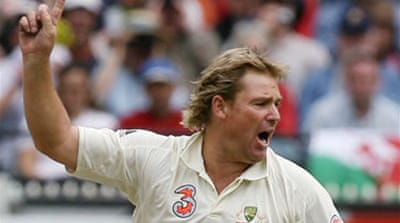 Five for Warne as England crumble