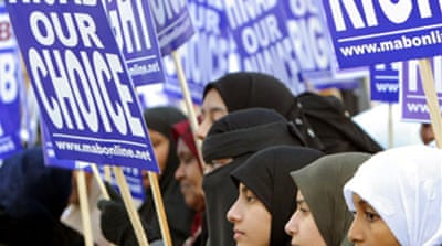 UK policies 'alienating Muslims'