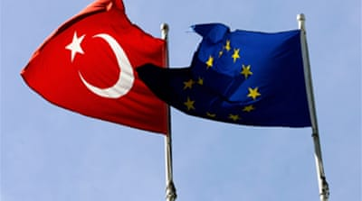 Turkey 'to open ports to Cyprus'