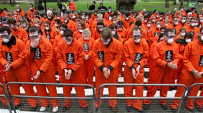 Groups urge end to Guantanamo